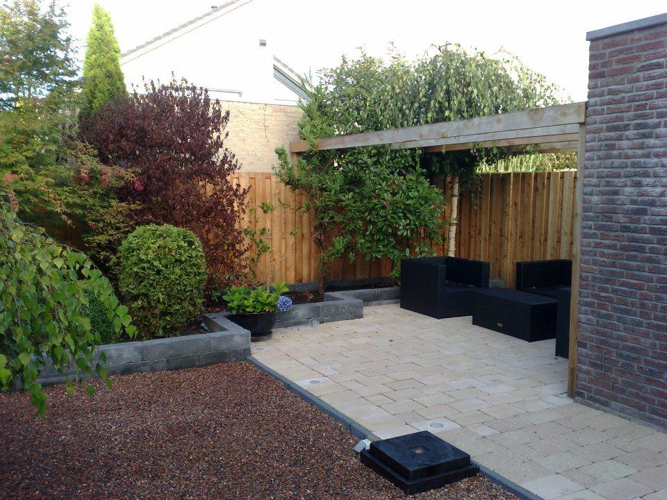 Tuin onderhoud jouw tuin specialist for Bestrating kleine tuin